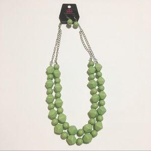 Green Chunky Bead Necklace Set